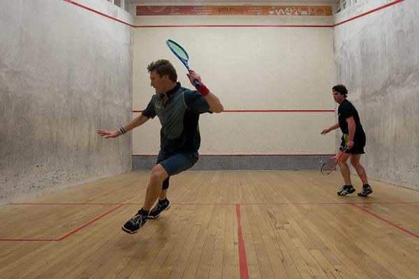 practicar squash